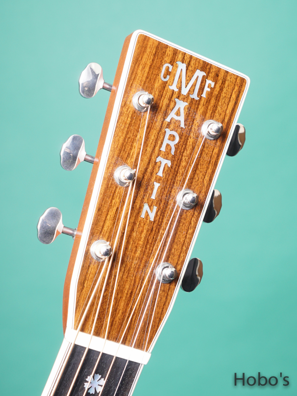 "MARTIN OM-42 Custom ""Itarian Alpine Top""  1"