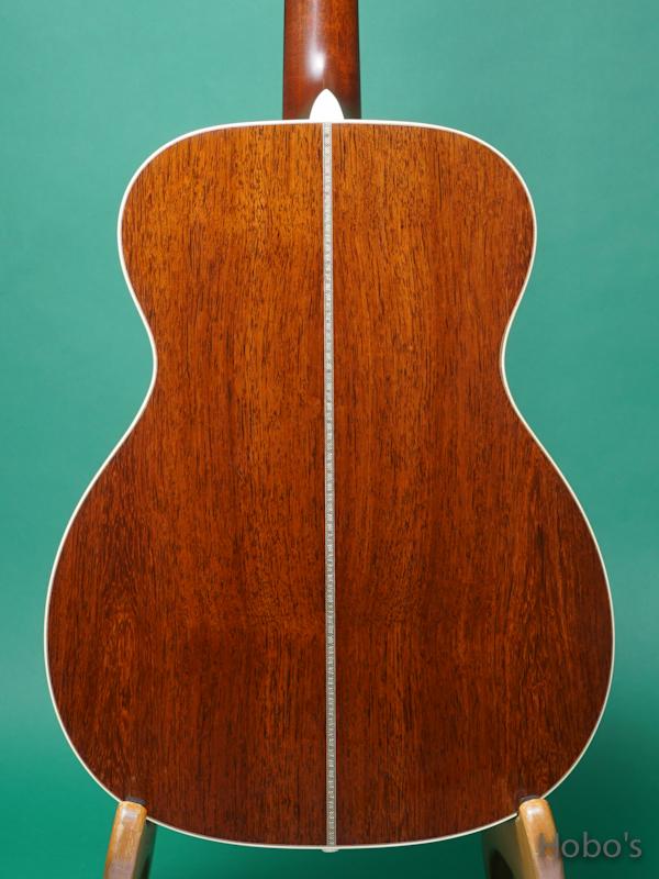 "MARTIN OOO-28 Custom ""Adirondack / Madagascar Rosewood"" 6"