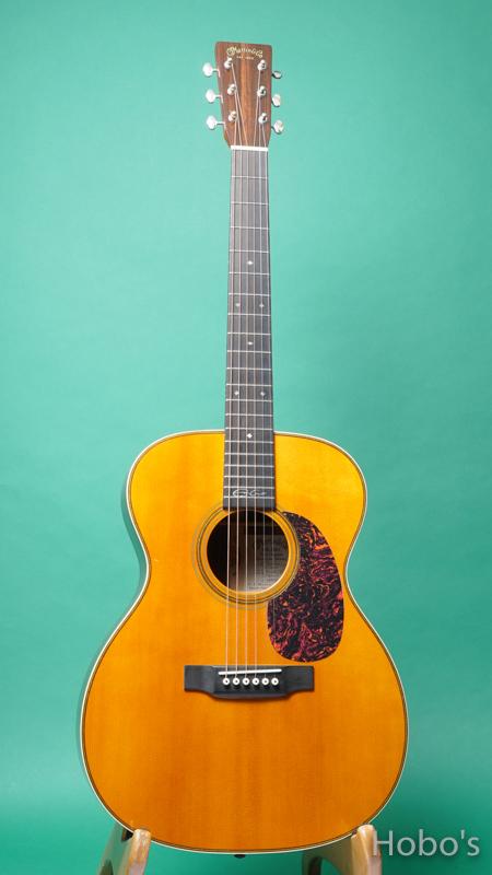 "MARTIN OOO-28EC ""Eric Clapton Signature Model""    FRONT"