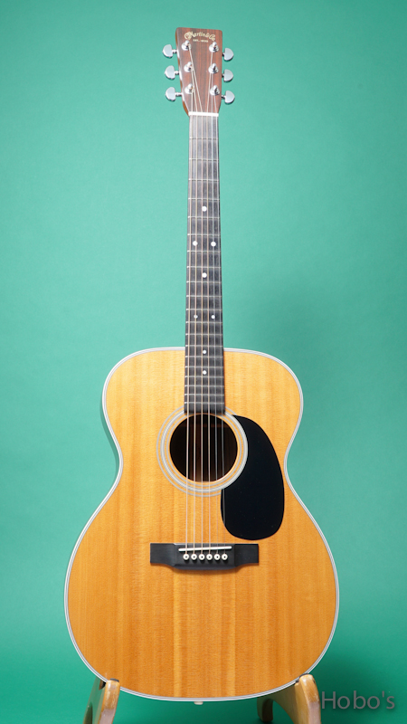 MARTIN OOO-28  FRONT