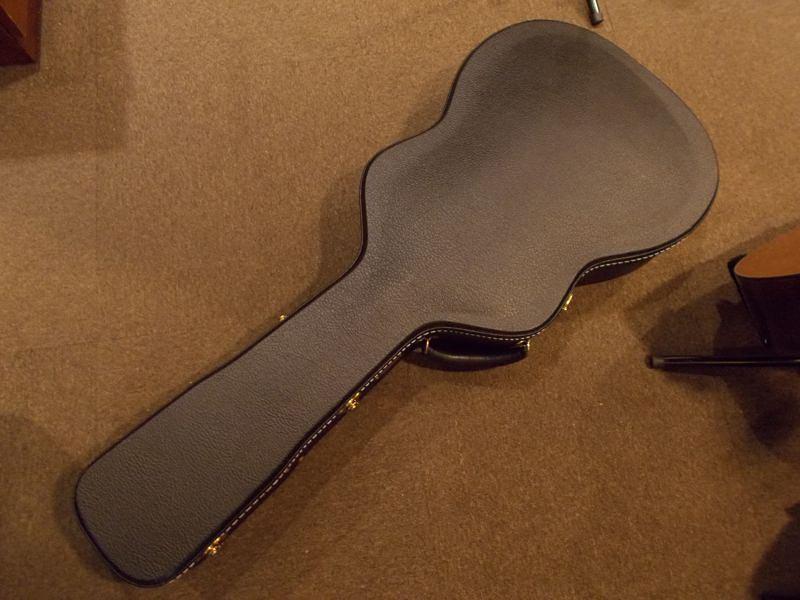 "MARTIN OM-18 Custom ""Adirondack Top""  CASE"