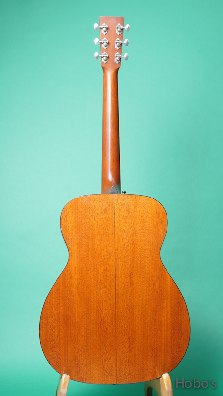 "MARTIN M-18 Custom ""Adirondack Top""   BACK"