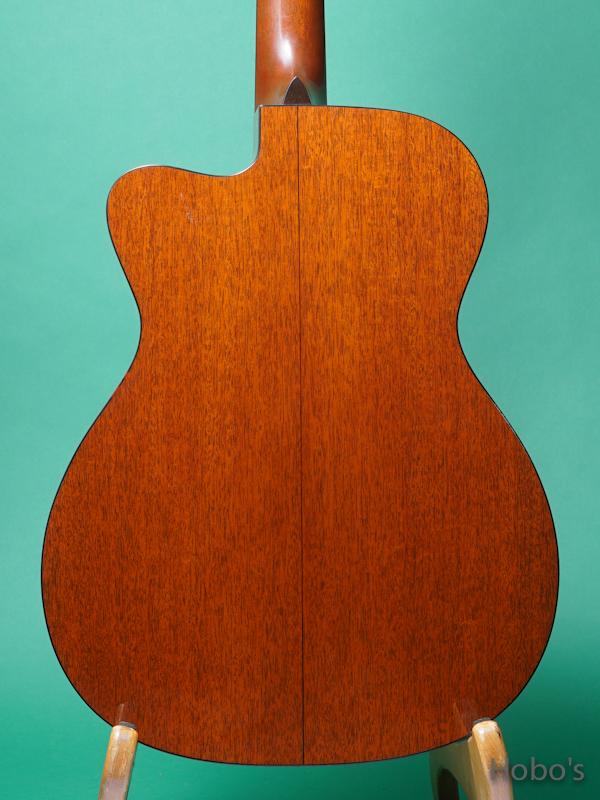 MARTIN OOO-18GE Cutaway Custom  6