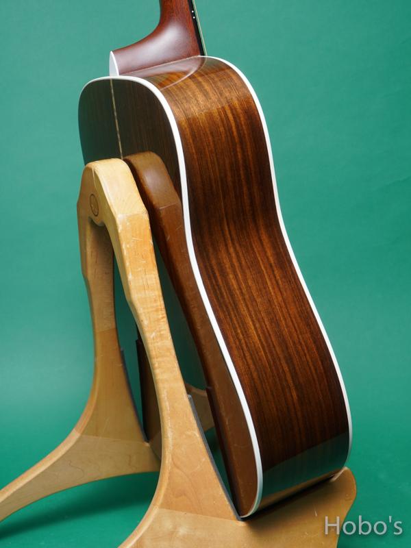 "MARTIN D12-28 ""12 Strings Guitar""  7"