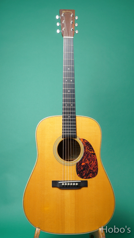 MARTIN D-28GE FRONT