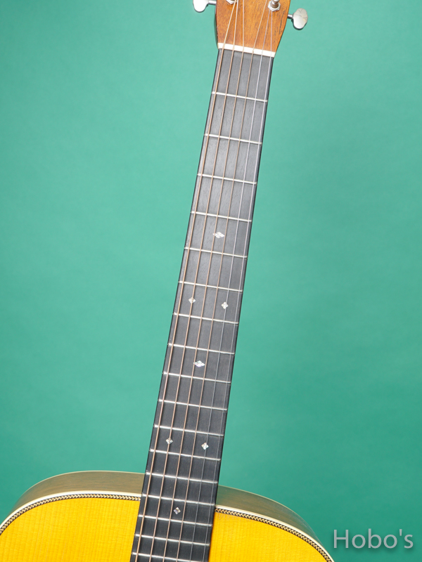 MARTIN D-28 Authentic 1937 Aged 3