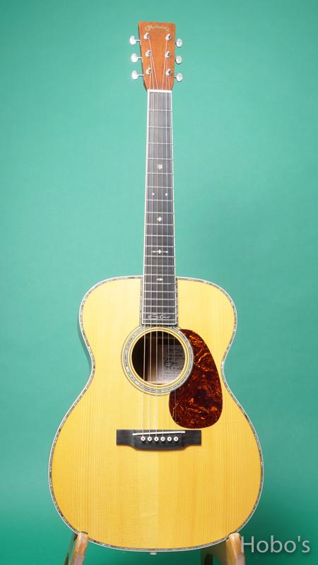 "MARTIN OOO-42ECJM ""Eric Clapton Custom Edition""    FRONT"