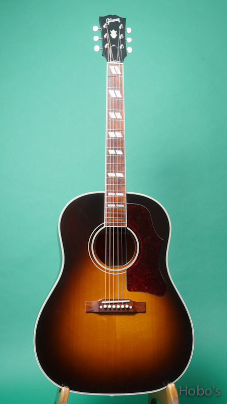 GIBSON Southern Jumbo  FRONT