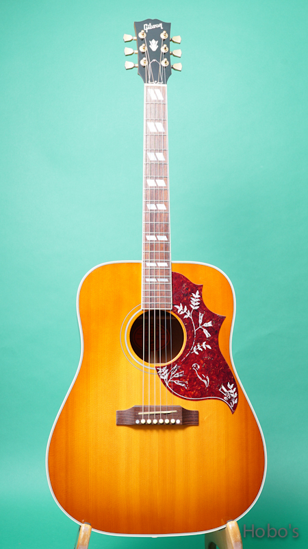 """GIBSON Hummingbird """"Historic Collection"""" FRONT"""