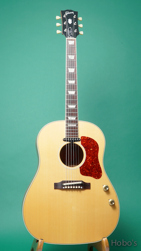 "GIBSON J-160E John Lennon Peace Model ""Limited Edition"" FRONT"