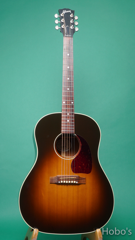 GIBSON J-45 FRONT