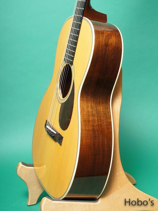 "COLLINGS OO-2H Baa A Custom ""Adirondack/Brazilian Rosewood"" 8"