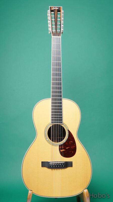 "COLLINGS O-3H G Custom ""12-Strings Guitar""    FRONT"