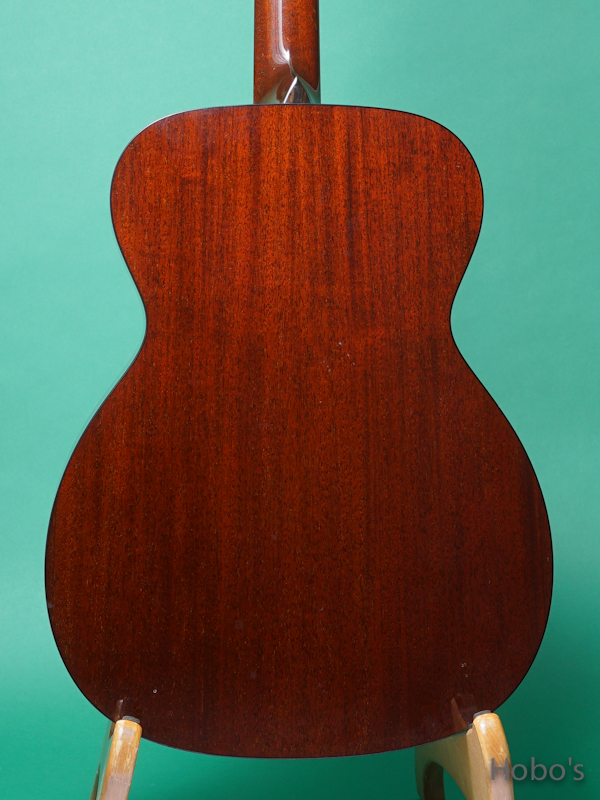 "COLLINGS OM-1 Mh Custom ""All Honduran Mahogany""   6"
