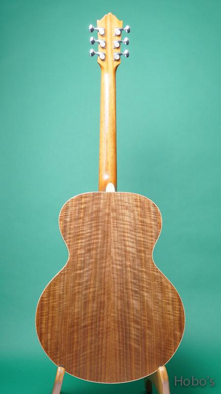 "Yoshi Guitar (山村 義成) Model SJ ""Curry Black Walnut""  BACK"