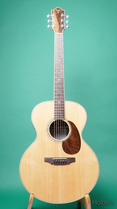 "Yoshi Guitar (山村 義成) Model SJ ""Curry Black Walnut""  FRONT"