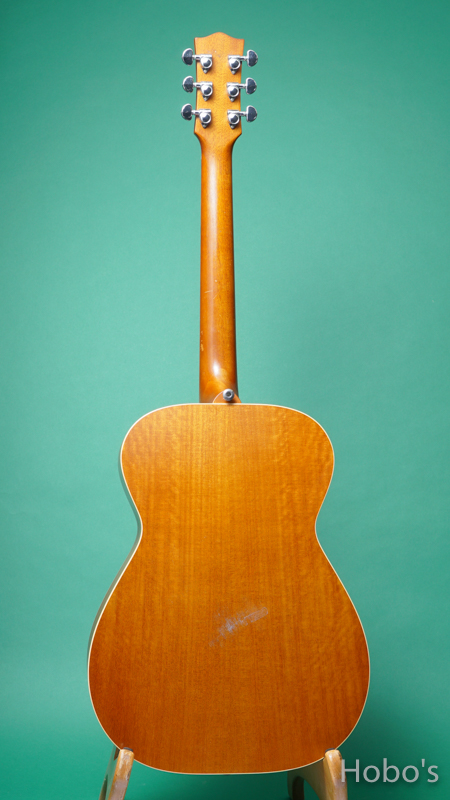 "MATON EMTE ""Tommy Emmanuel Signature Model"" BACK"