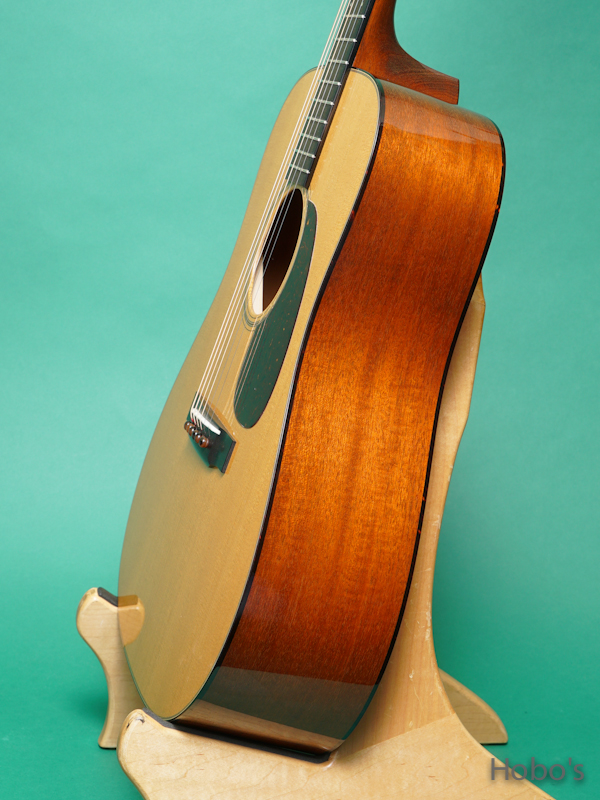 "COLLINGS D-1T ""Torrefied Sitka Top""   8"