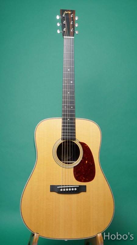 """COLLINGS D-2HT """"Traditional Series""""  FRONT"""
