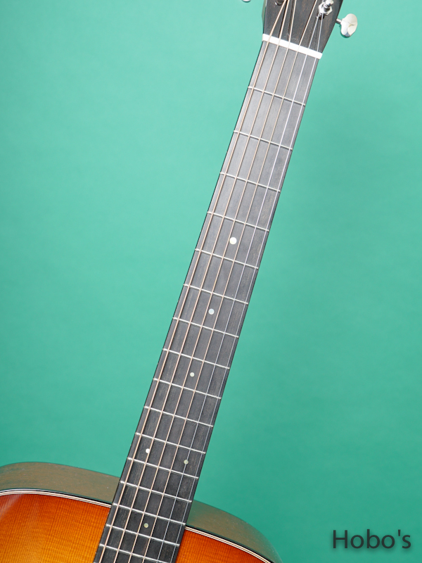 "COLLINGS D-1T SB ""Torrefied Sitka Top"" 3"
