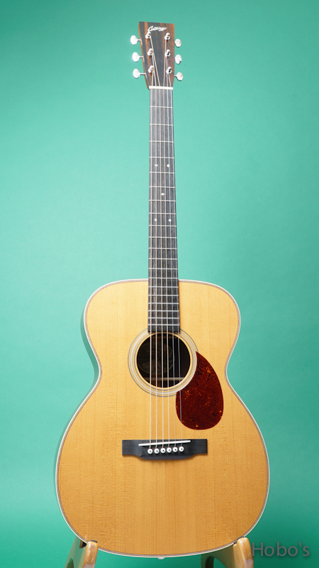 """COLLINGS OM-2HT """"Torrefied Sitka Spruce""""    FRONT"""