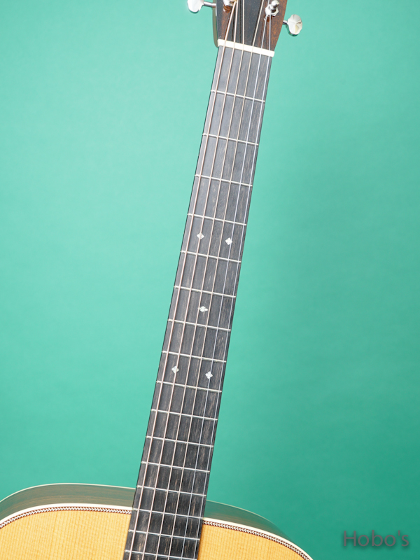 """COLLINGS OM-2HT """"Torrefied Sitka Spruce""""    3"""