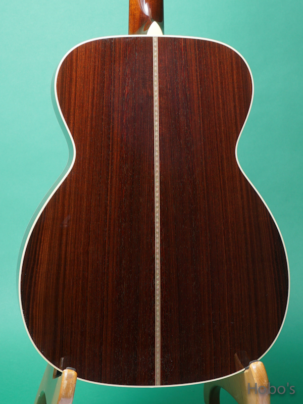 """COLLINGS OM-2HT """"Torrefied Sitka Spruce""""    6"""