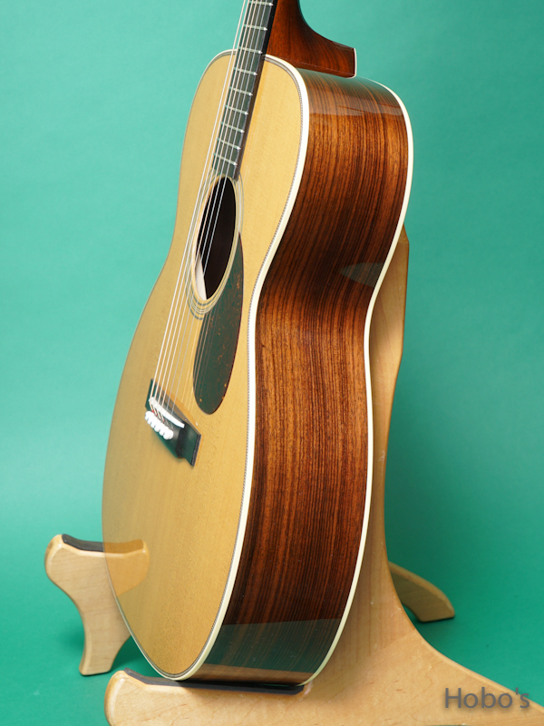 """COLLINGS OM-2HT """"Torrefied Sitka Spruce""""    8"""