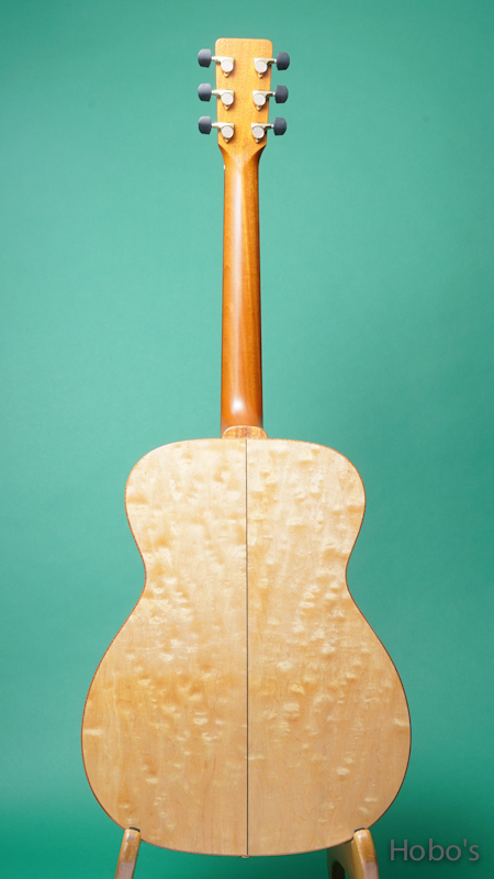"K.YAIRI OM Custom ""Bear Claw Sitka / Quilted Maple""  BACK"