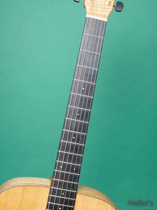 "K.YAIRI OM Custom ""Bear Claw Sitka / Quilted Maple""  3"