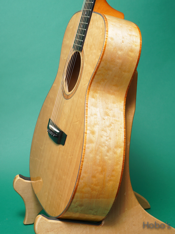 "K.YAIRI OM Custom ""Bear Claw Sitka / Quilted Maple""  8"