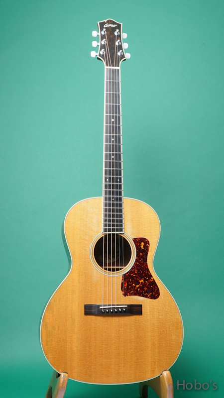 """COLLINGS C-10 Deluxe """"Lacquer Finish""""  FRONT"""