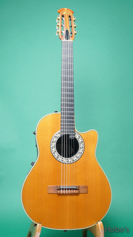 OVATION 1763 Classic FRONT