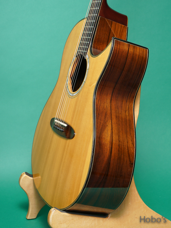 "Taku Sakashta (坂下 拓) SD Cutaway ""German / Brazilian Rosewood""   8"