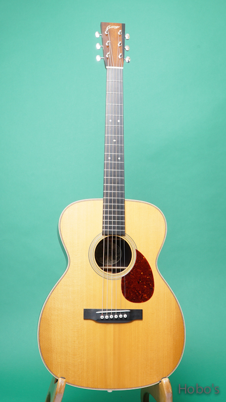 """COLLINGS OM-2HT """"Torrefied Sitka Top""""    FRONT"""