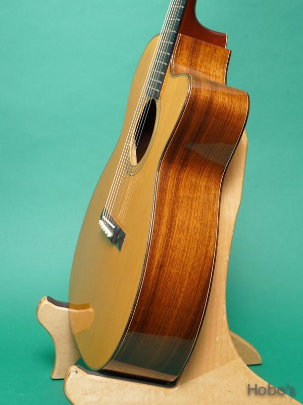 Schoenberg Guitars (T.J. Thompson)  Soloist Cutaway  8