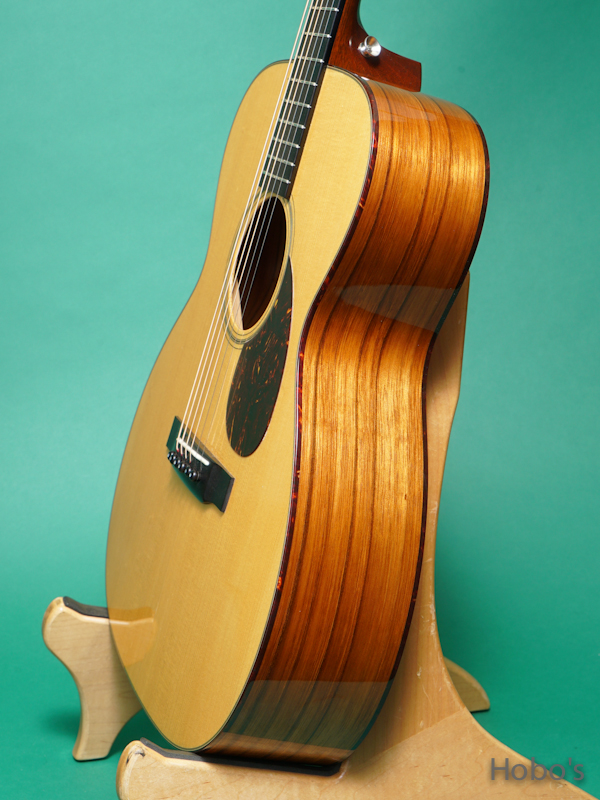 "COLLINGS OM-1 SR G Custom ""German / Sacha Rosewood""   8"