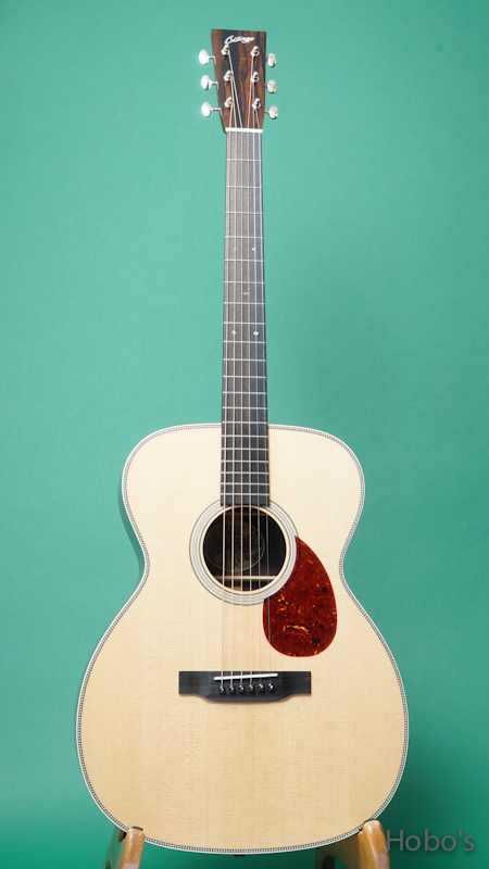 COLLINGS OM-2H FRONT