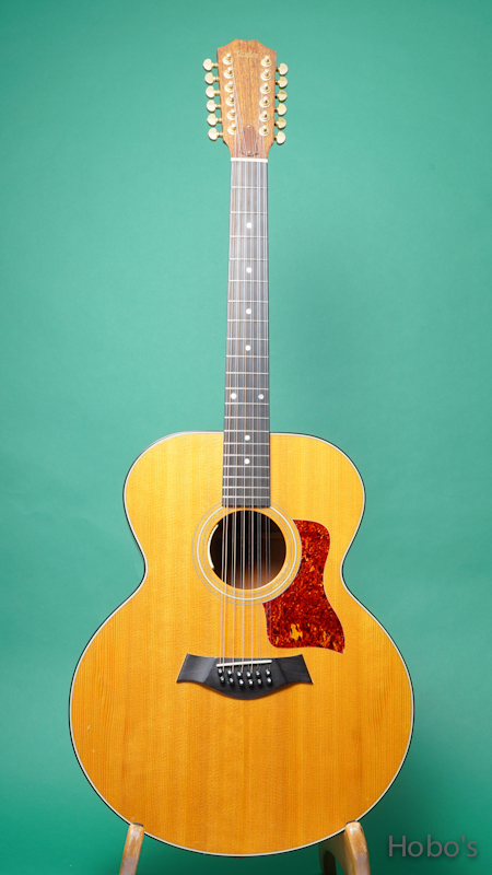 "TAYLOR 555 ""12 Strings Guitar"" FRONT"
