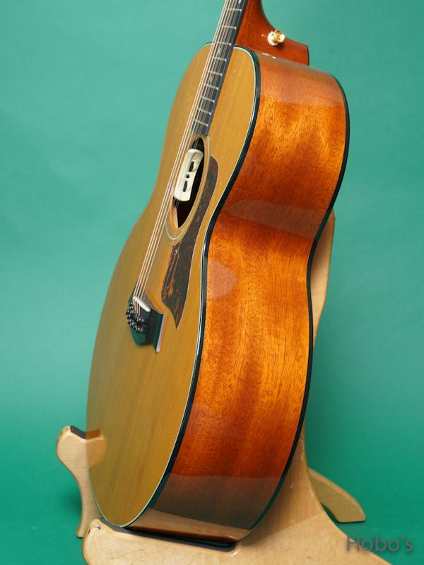 """TAYLOR 555 """"12 Strings Guitar"""" 8"""
