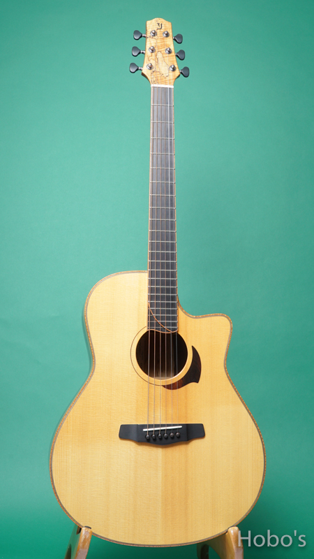 "Yokoyama Guitars (横山 正) AR-WTB  ""White Spruce / Brazilian Rosewood""  FRONT"