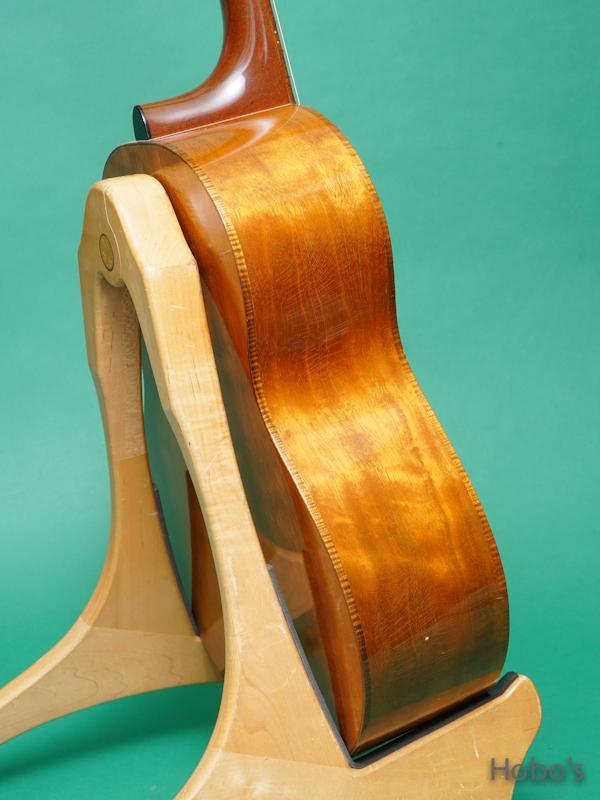 "Iinuma Guitars (飯沼 哲) Model A ""Sitka / Quilted Mahogany""     7"