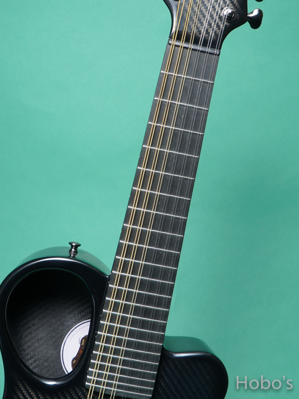 Emerald Guitars Amicas Black 3