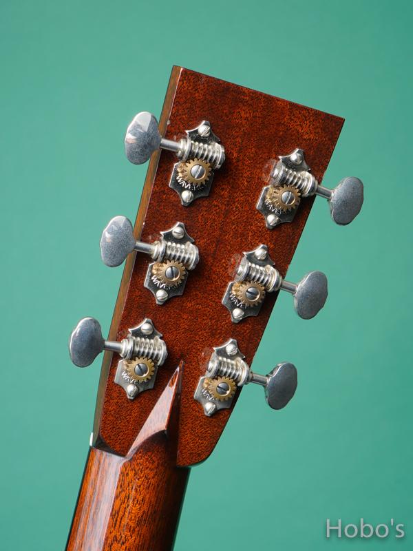 "COLLINGS OOO-1 E Cutaway Custom ""Indian Rosewood"" 2"