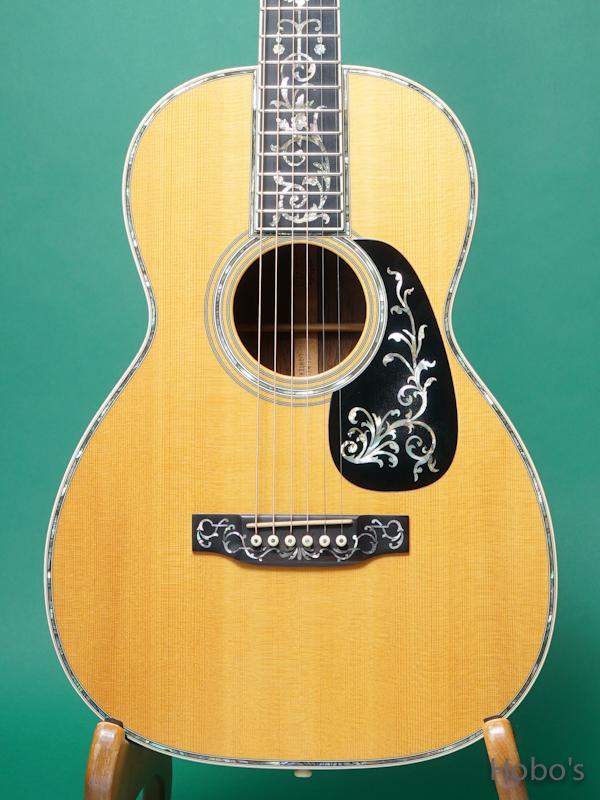アコースティックギターの委託販売(手数料15%)、買取下取承っております。